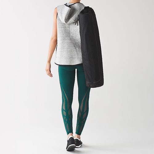 Lululemon green tights, kale, activewear Pantone, yoga tights