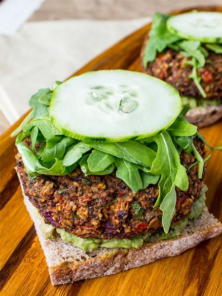 Black Bean Hemp Burger, veggie burger, healthy recipes, vegan, vegetarian