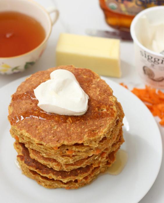 pancakes, healthy pancakes, carrot cake pancakes