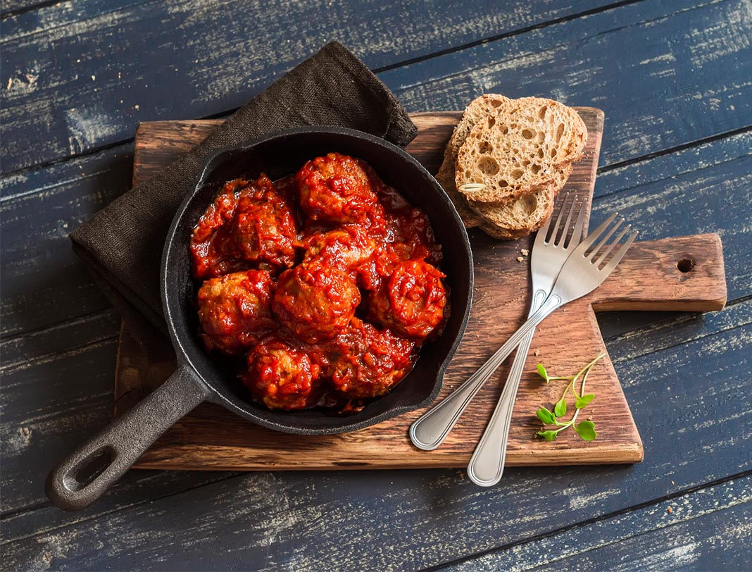 Meatballs, ground beef, poultry, refrigerator