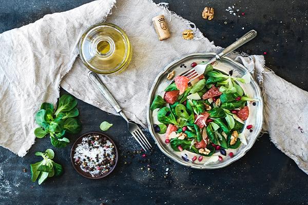 jet lag, salad, travel, vegetables, healthy food, fasting