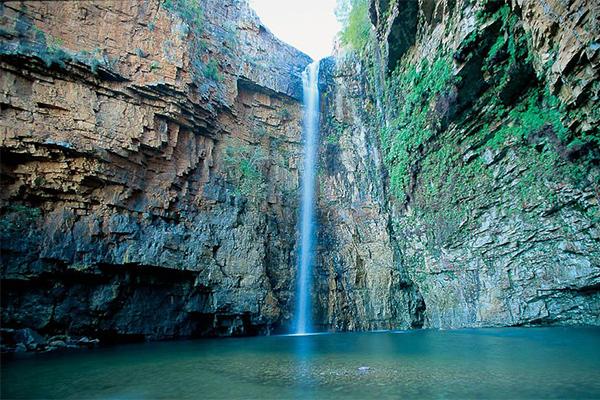 Emma Gorge Waterfall, western Australia