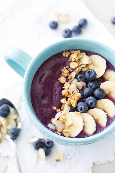 Berry-Licious Smoothie Bowl, breakfast recipes