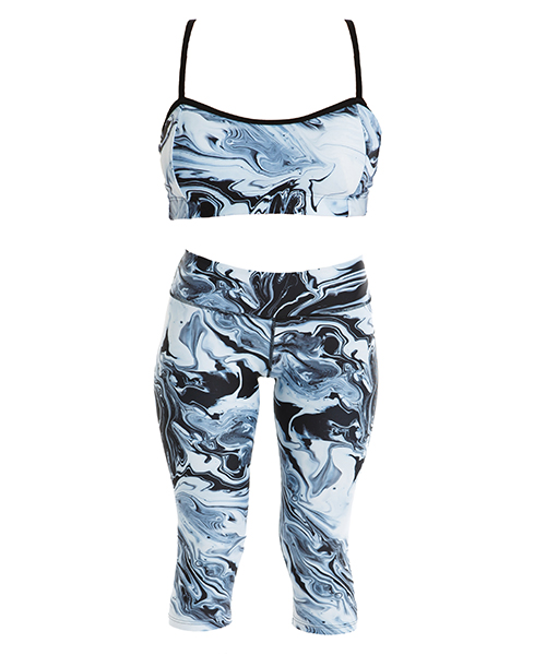Kamuka, active wear, tights, crop top, Christmas gift guide, fashion, fit friend