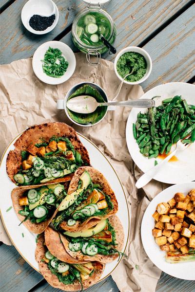 vegan tacos, vegetarian tacos, vegetarian taco recipe, vegan taco recipe, funky green tacos