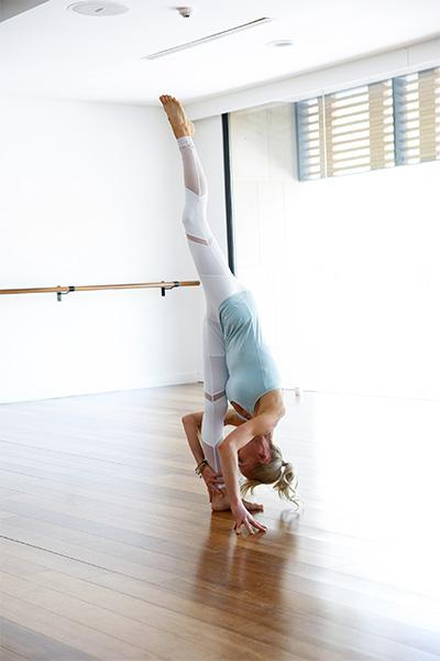 standing split, balance, bum workout, yoga, Kate Kendall