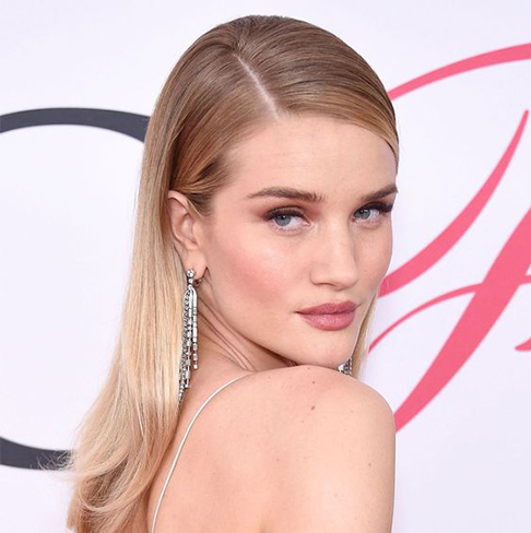 hair trends, rosie huntington whitely, side part