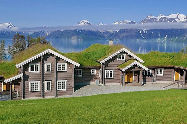 Arctic Yoga Adventure, yoga retreats, Norway
