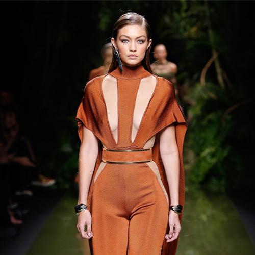gigi hadid balmain runway 2017, autumn hair trend. balmain ready-to-wear spring 2017,