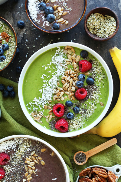 minimalist baker, green smoothie bowl