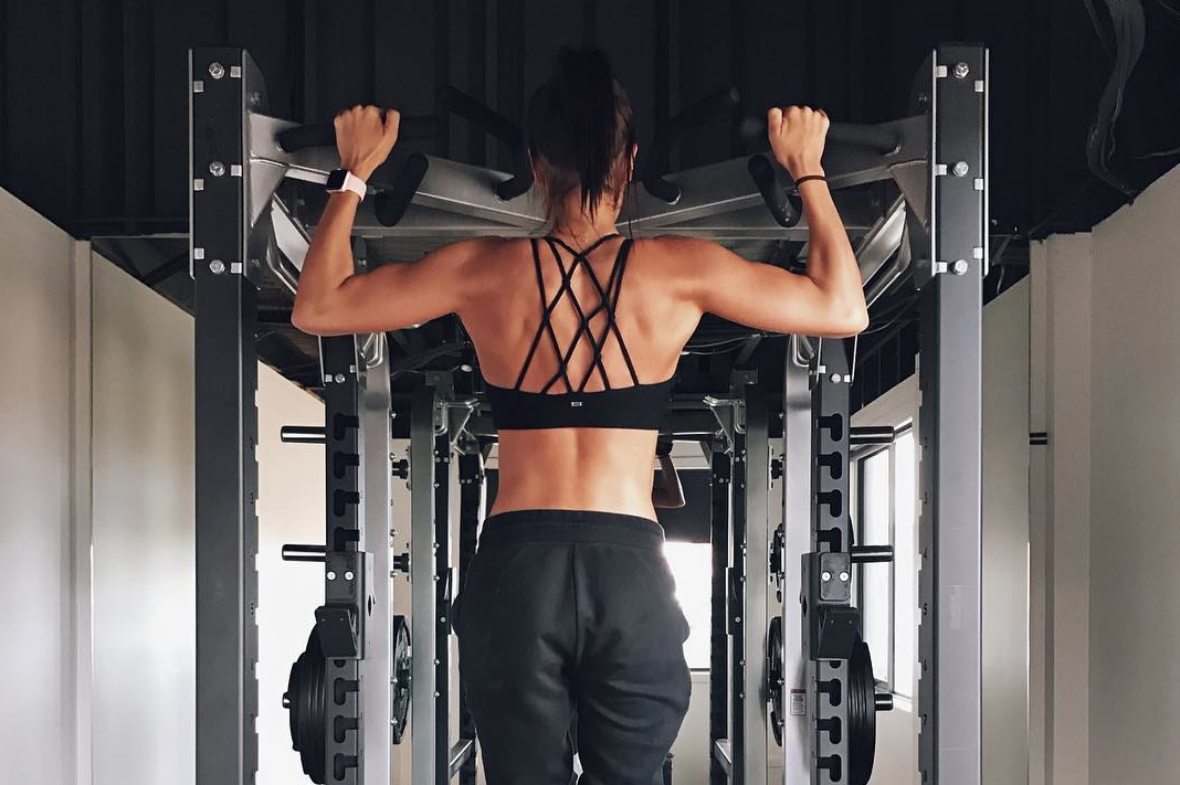 Kayla Itsines Back Exercises