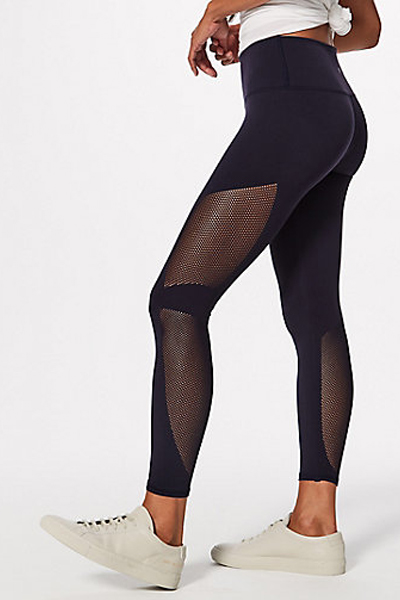Lululemon black legging that sculpt