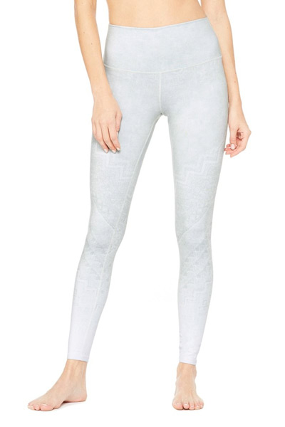 a73b768ad82c9 9 Leggings To Score While They're On Sale At Alo Yoga