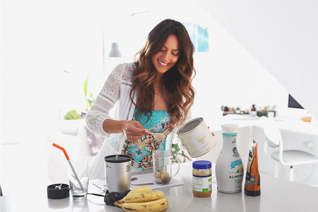 Bianca Cheah making her Smoothie with the WelleCo Protein Powder