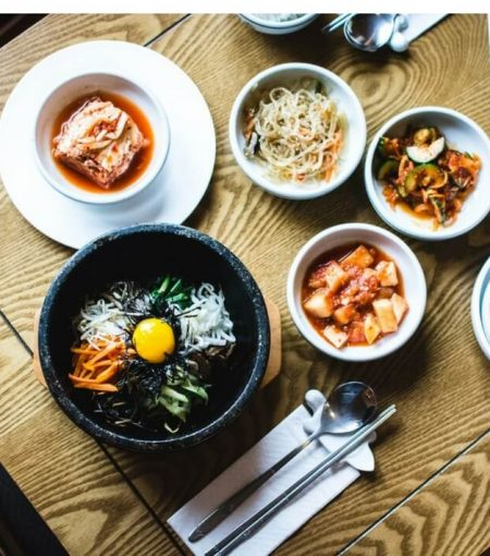 Here's What We Can Learn From Healthy Korean Cooking Traditions