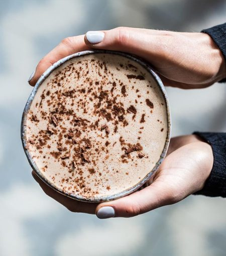 Make This Beauty-Boosting & Gut-Healing Hot Chocolate Recipe