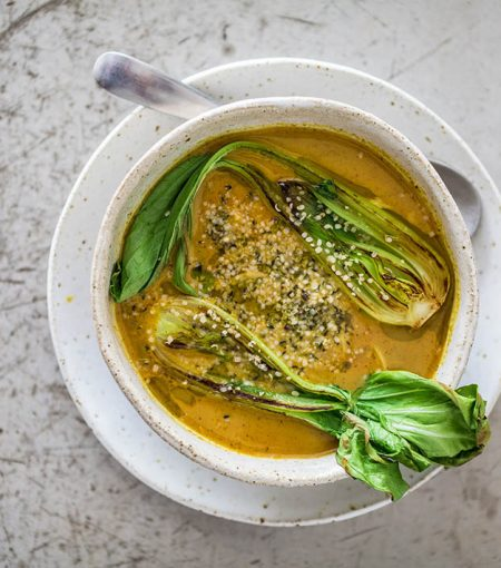 A Gut-Healing Coconut Curry Bone Broth That's Anti-Inflammatory & Packed With Flavor