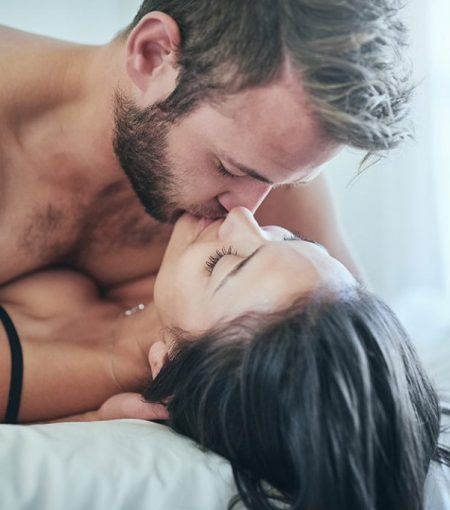 The 5 Laws of Orgasms, According to a Holistic Sex & Relationship Expert