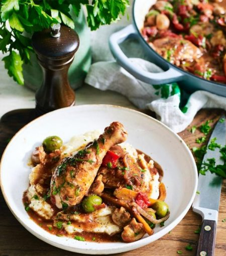 Reece Carter's One Pot Chicken Cacciatore Is The Ultimate Comfort Food
