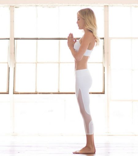 Forget Coffee—Here Are 8 Energising Yoga Poses To Help Kickstart Your Day