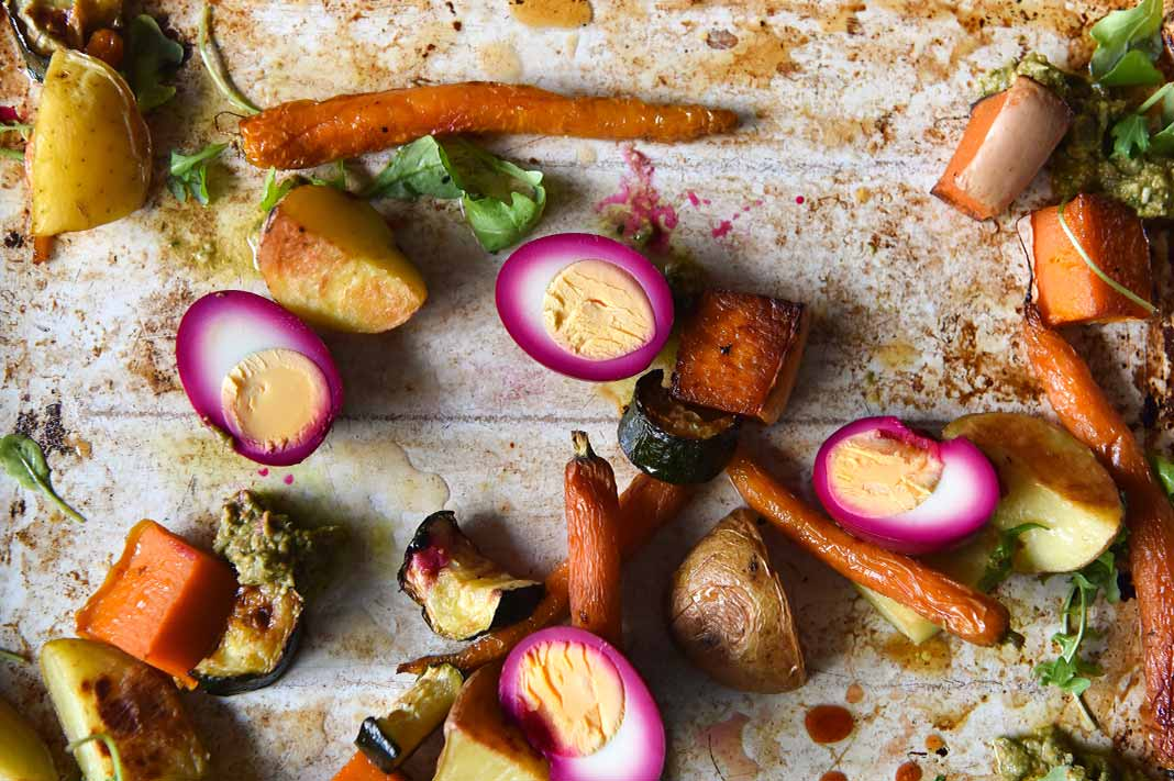 FODMAP-Friendly Beetroot Pickled Eggs & Roasted Veggies Bake Tray