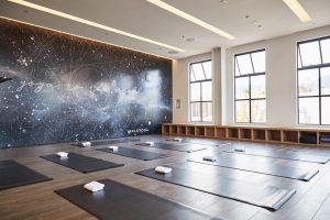 alo yoga store opening