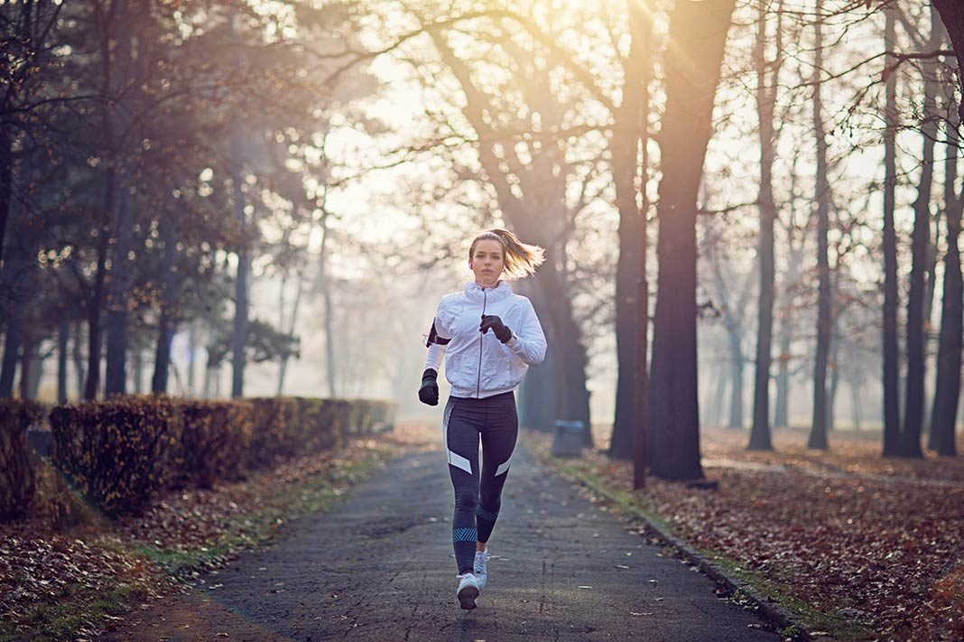 5 Reasons You Should Do An Outdoor Workout When It's Cold