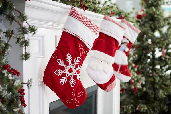 christmas overspending