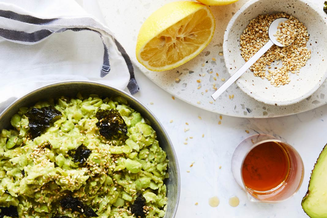 This Dairy-Free Edamame & Avocado Mash Recipe Is Under 140 Cals Per Serve