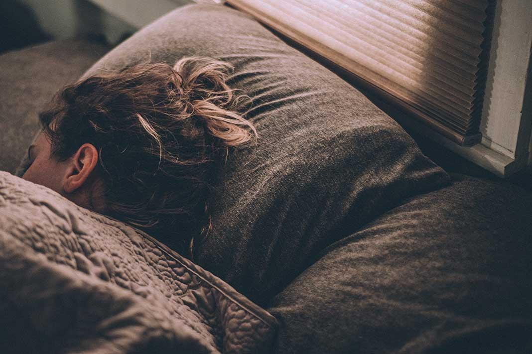deep sleep woman sleeping