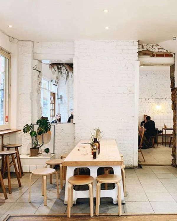 healthy food cafes london