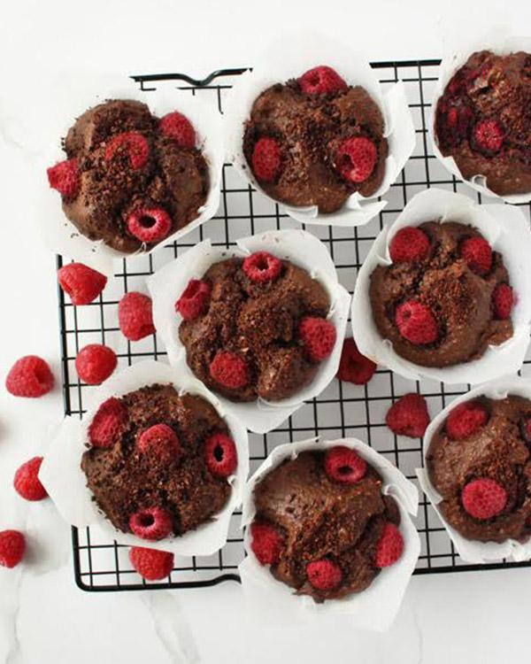 raspberry choc muffins