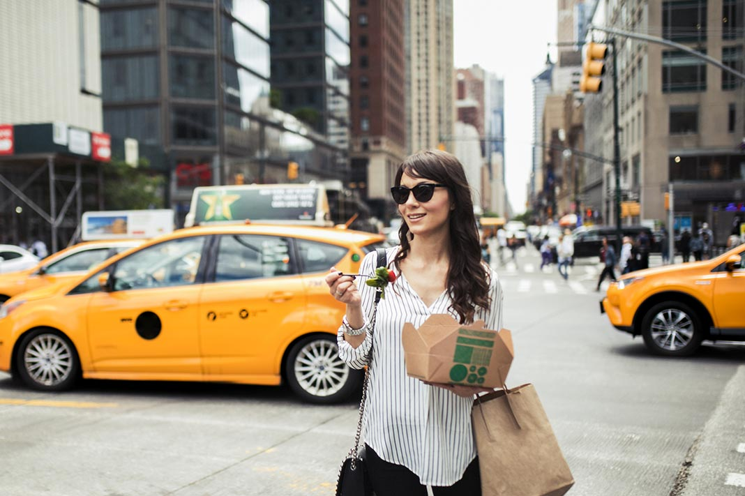 Grab Your Reusable Tote—New York State Is Banning Plastic Bags