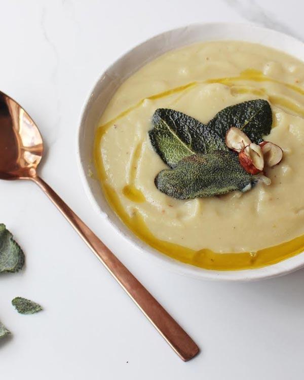 cauliflower soup vegeterian meat-free
