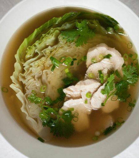 Recipe: Teresa Cutter's Organic Chicken Bone Broth With Ginger Aromatics