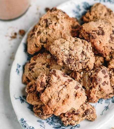 Recipe: Make These Vegan Almond Chocolate Chip Cookies