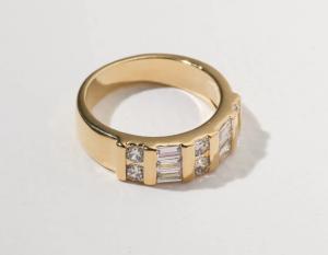 vanessa mooney ring