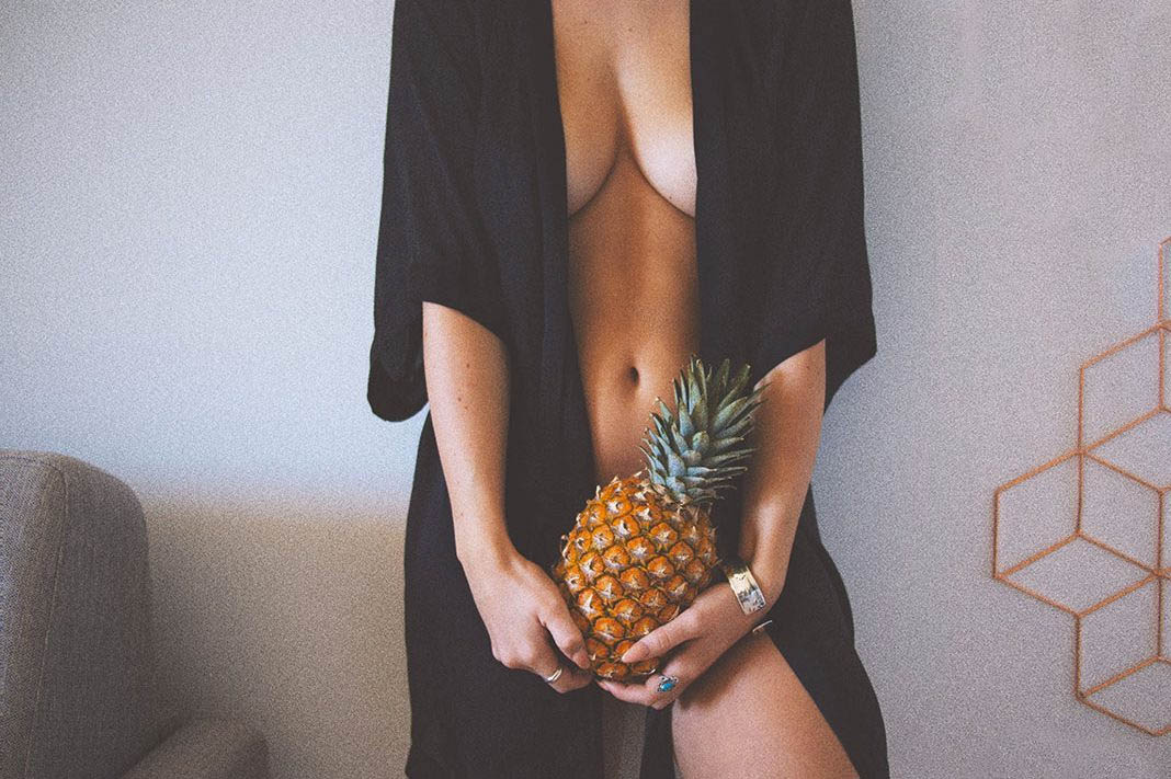 The Top Five Worst Foods Impacting Your Sex Life Right Now