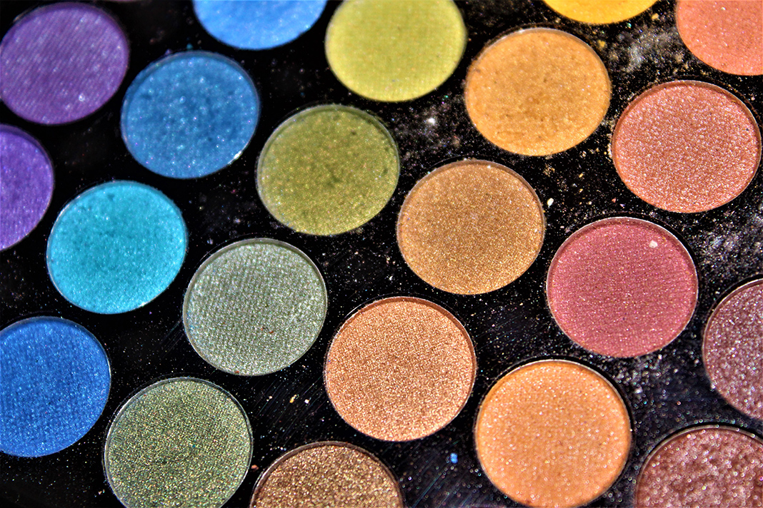 Nine Eyeshadow Palettes That Make Us Feel Like We're In Euphoria