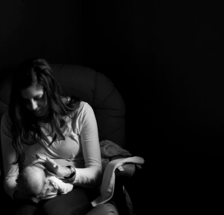 the three-month breastfeeding crisis