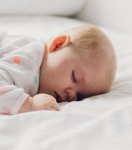 A Baby Sleep Expert's Guide To Combatting The Catnap