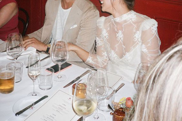 couple eating dinner