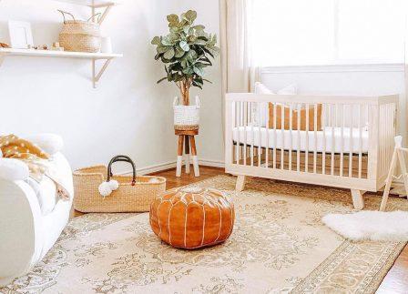 Need A Baby Sleep Schedule? A Baby Sleep Expert Tells All