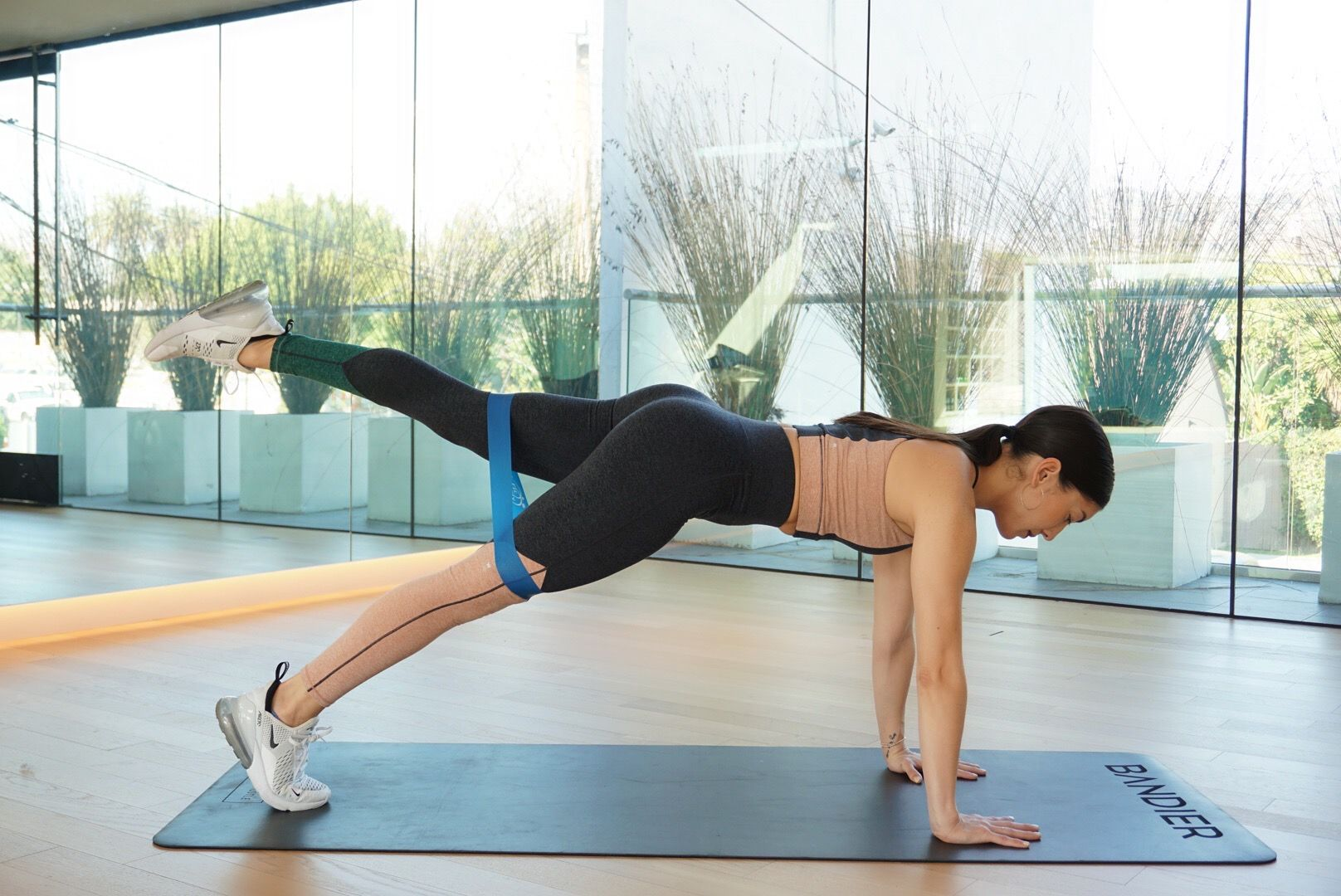 bandier 10 minute workout