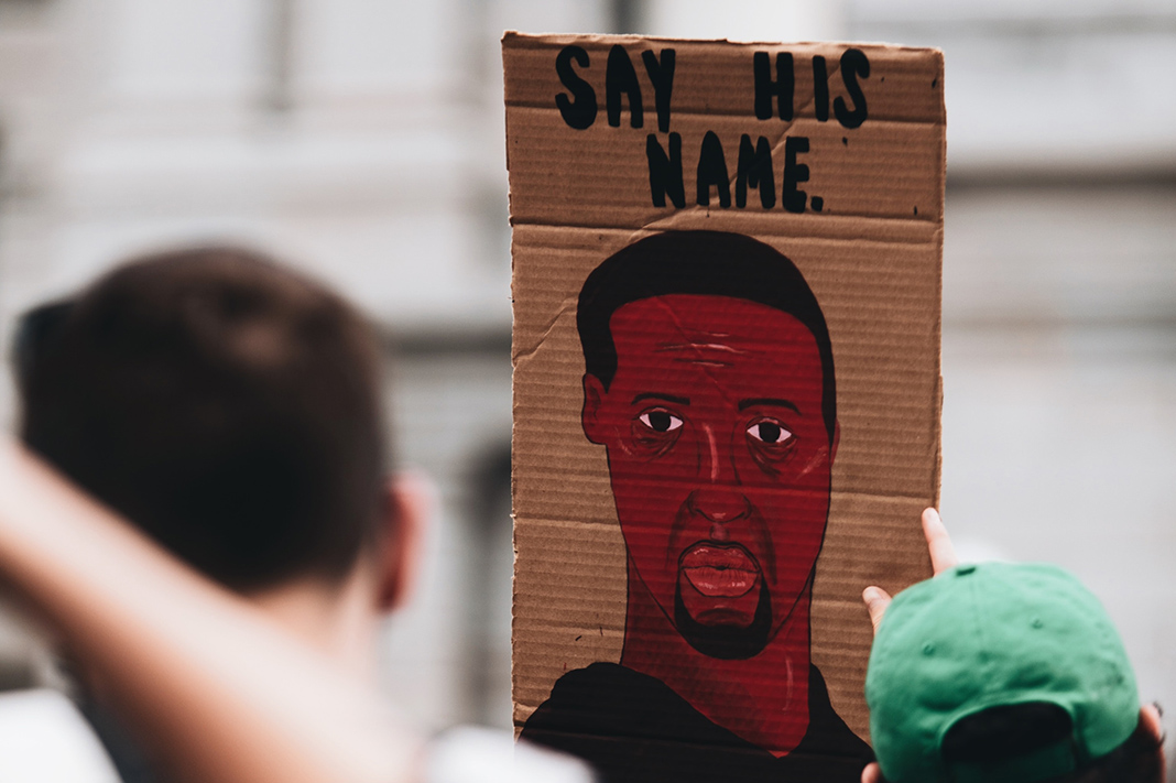 Here's Where You Can Donate To Help The #BlackLivesMatter Movement